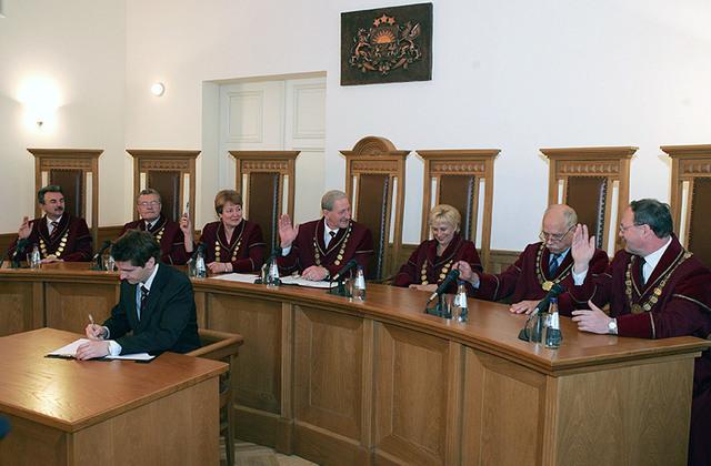 Satversmes tiesas pirmā sastāva tiesnese (2006. gads).Māris Kaparkalējs